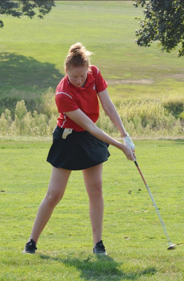 Plattsmouth Beats Bulldog Girls' Golfers in Season Opening Dual