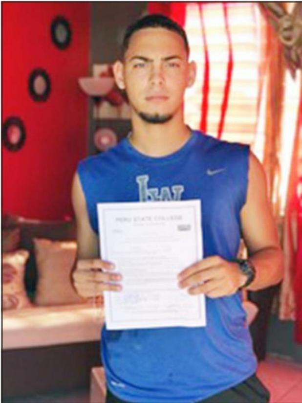 Jose Diana Signs with Bobcat Baseball
