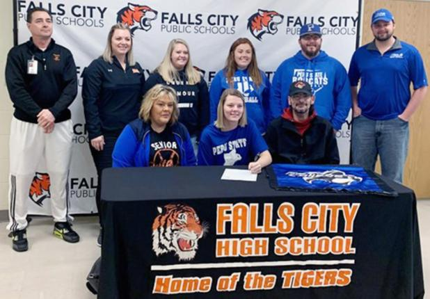 Hannah Clary Signs With Peru State Softball, Women's Basketball Teams