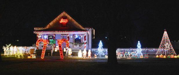 Auburn Chamber's Residential Lighting Contest Winners