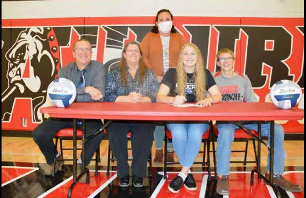 Dilan Perry Continuing Volleyball Career at Culver-Stockton College